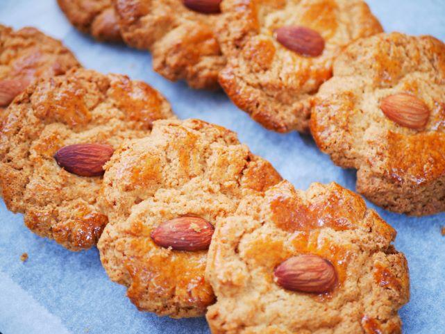 「杏仁酥」アーモンドクッキー:点心ちゅん